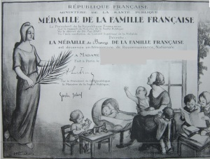 medaille famille française diplome