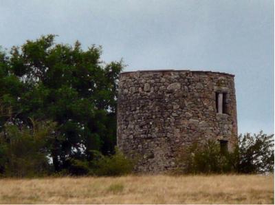 Le moulin de Doué aujourd'hui - Photographe : Nicole Le Cam